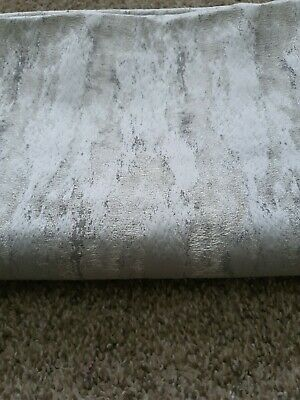 Marble Effect, Soft Furnishing Remnant,silver, 116cms Wide/ 155cms Drop • 1.20£