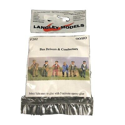 LANGLEY MODELS F202 OO SCALE 6 Assorted Bus Drivers And  Conductors • 3£