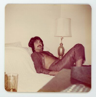 $ CDN12.67 • Buy Come-hither Eyes Shirtless Hairy Chested Man On Bed Vintage Snapshot Photo