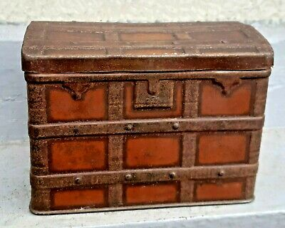 Antique Sweet / Biscuit Tin Miniature Travelling Trunk • 19.99£