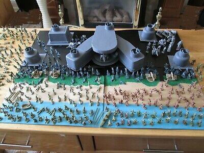 1/72 WWII AIRFIX & Other Soldiers X400 & Hand Made D-Day Defences All As Photo's • 33.99£