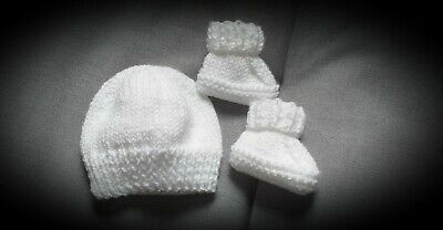 £4.50 • Buy Premature Hand Knitted WHITE Baby Hat And Booties - Gift Wrapped - Other Colours