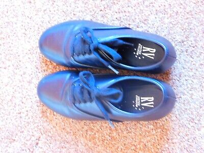 Childrens Tap Dancing Shoes Size 1, Used Good Condition • 3.75£
