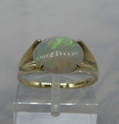 Pretty Vintage Opal & 9ct Gold Ring  Size N 1/2 (7)   2.3g • 130£