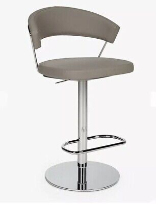 £750 • Buy 2 X Connubia By Calligaris New York Adjustable Gas Lift Bar Stool Taupe Rrp£1058