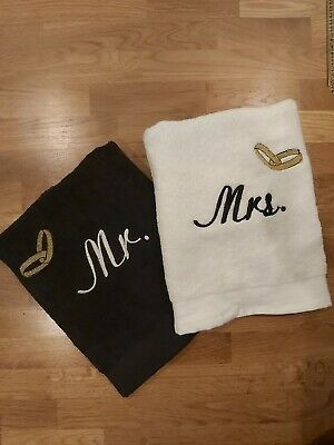 £24 • Buy Personalised Embroidery Towels - Mr & Mrs