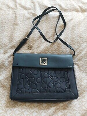 £15 • Buy Calvin Klein Handbag