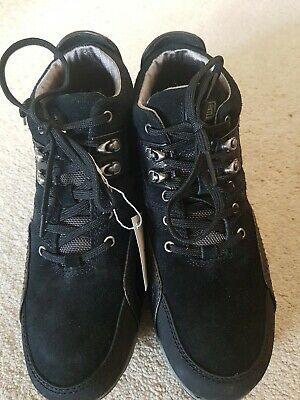 £40 • Buy Ladies Rockport Boots Holtsville . Size 7 Walk Dry. Leather Black.