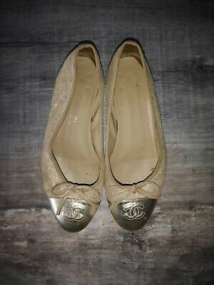 £58 • Buy Gold Chanel Pumps