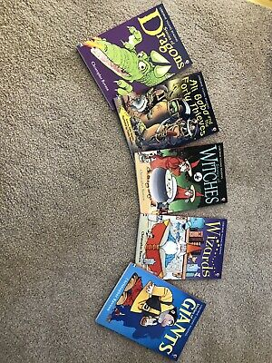 £2.50 • Buy Books Set - Usbourne Young Readers