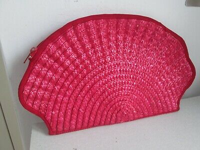 £3.99 • Buy Red Shell Shaped Woven Straw Clutch Bag