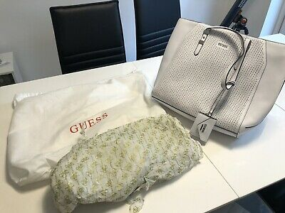 £30 • Buy White Guess Bag With Mini Purse Charm