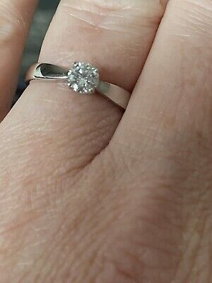£500 • Buy 18ct White Gold Diamond Solitaire Ring