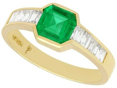 £3950 • Buy 0.90 Ct Colombian Emerald And 0.38 Ct Diamond, 18 Ct Yellow Gold Dress Ring