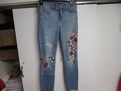 £8.68 • Buy Abercrombie Womens Harper Low Rise Ankle Jeans (25) Light Wash Floral Pattern