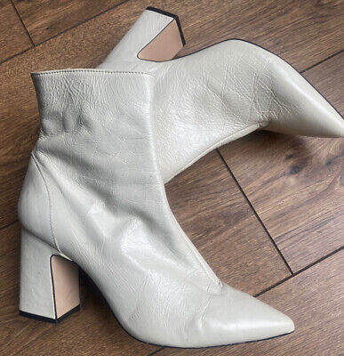 £22.99 • Buy Vgc Office Mod Gogo Creamy Ivory 1960s Style Ankle Boots 7 40