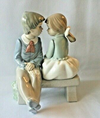 £19 • Buy  Porcelain Figurine 1136 Of A Girl & Boy On Bench By Lladro/Nao 6 3/4'' (17cm)