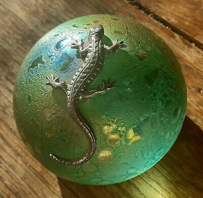 £8.30 • Buy Heron Glass Irridescent Paperweight With Pewter Lizard. Green .VGC