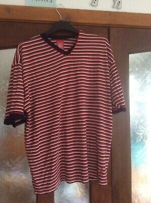 £1 • Buy Striped V Necked Casual Liverpool Football Club T Shirt Size XL