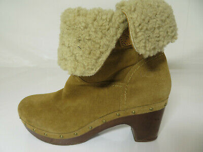 £39.99 • Buy UGG - Clog Style Ankle Boots - Tan Suede - Lynnea - Sheep Skin Lined - UK 7.5