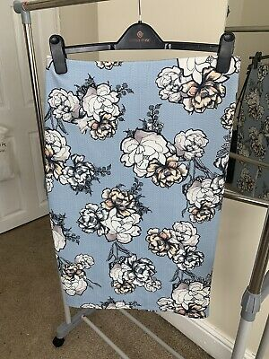 £5 • Buy River Island Blue Floral Pencil Skirt Size 14
