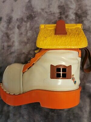 £9 • Buy Vintage 70s Matchbox Play Boot 1977 Live N Learn Toy Set