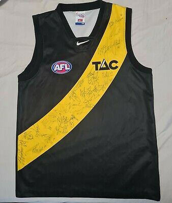 AU350 • Buy RICHMOND Guernsey SIGNED 27 Players