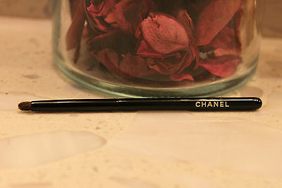 Chanel MINI Eyeliner Smudge Brush 100%authentic From Holiday Limited Edition Set • 10.73£