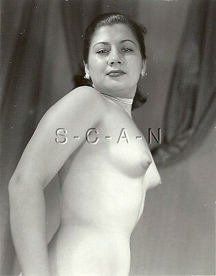 £8.46 • Buy Original Vintage 40s-60s Nude RP- Hispanic Woman- Pearl Necklace- Standing Tall