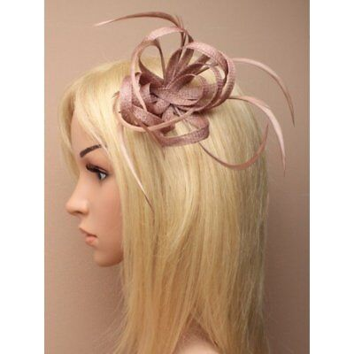 Nude Clip Feather Fascinator Ladies Day Royal Ascot Races Wedding Hair Clip 1 • 7.49£