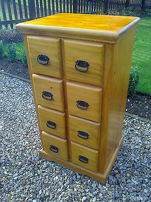 Solid Pine Eight Drawer Craft/Collectors/Office/Storage Chest Of Drawers • 180£