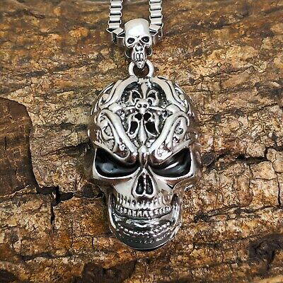 Large Stainless Steel Silver Skull Pendant On Chain Link Necklace  • 7.95£