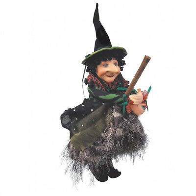 Witches Of Pendle - Nell Witch Flying (Green) 30cm (WOPNELL30GREE) • 19.95£