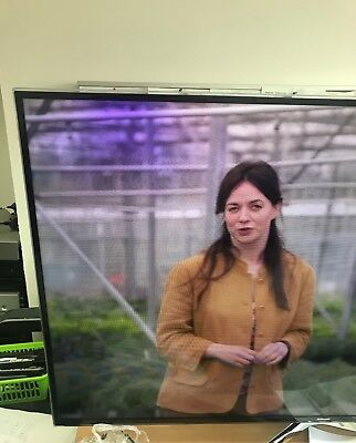 Samsung Series6 UE55H6400AK 55 LED Freeview HD 3D TV-Small Screen Problem • 200£