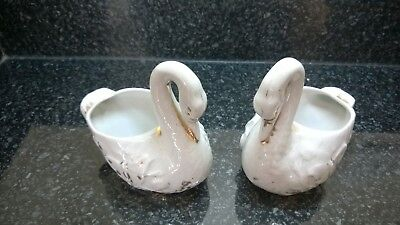 $ CDN34.30 • Buy Vintage Pair Porcelain White Swans Figurines With Gold Highlights 3395 Germany