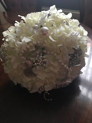 £49.99 • Buy Unique Bridal Bouquet Artificial Flowers With Vintage Buttons And Broaches
