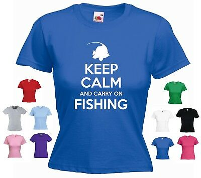 Keep Calm And Carry On Fishing' - (Fish Crown) Funny Women's Fishing T-shirt  • 9.99£