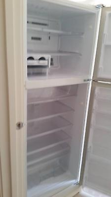 AU579 • Buy Refrigerator White Mitsubishi Freezer & Fridge 400 Litres, Excellant Working Con