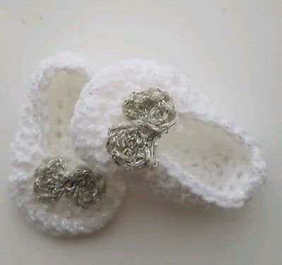 Baby Girls Crochet Shoes White With Silver Bows Handmade  0/3 Mths  • 1.99£