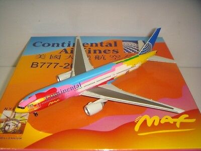 $129.99 • Buy Dragon Wings 400 Continental Airlines CO B777-200ER  Peter Max Color  1:400