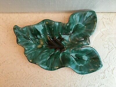 $ CDN40 • Buy Large Green Leaf Blue Mountain Pottery Dish (425)