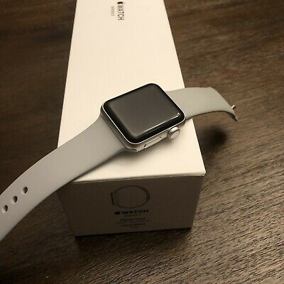 $ CDN309.76 • Buy Apple Watch Series 3 38mm Aluminum Case With Sport Band - White GOOD CONDITION