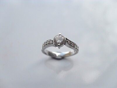 Ladies 925 Sterling Silver Ring Size Q - R With Central Sparkler And 8 X Smaller • 19.95£