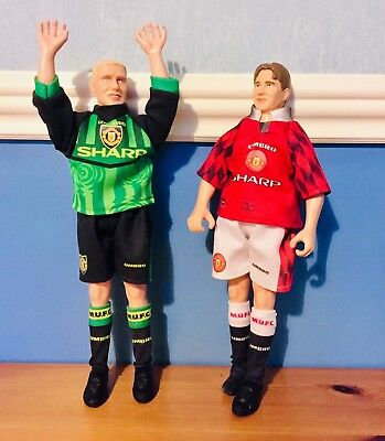 Official Manchester Utd David Beckham & Peter Schmeichel Action Figures 1997-98 • 17.99£