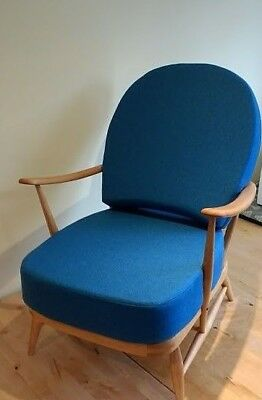 Vintage Ercol: 203 Windsor Armchair, Refinished, New Cushions & Pure Wool Covers • 695£