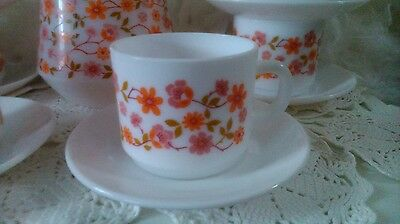 £10 • Buy Arcopal Cups & Saucers Scania, 2 French Pyrex Tea Or Coffee Cups With Flowers