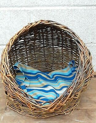£19.99 • Buy Vintage Hand Woven Wicker Small Animal Dog Cat Pet Bed Basket