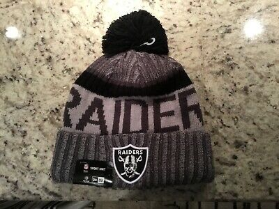 buy popular 90ddd aa449 NWT-Oakland Raiders New Era Lined Sideline Official Sports Knit Hat Beanie- 30  •