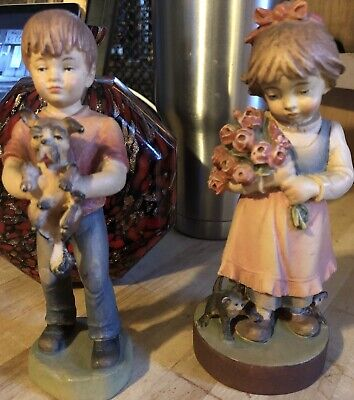 $25 • Buy A Pair Of Wooden Carvings A Boy And Girl W/pets