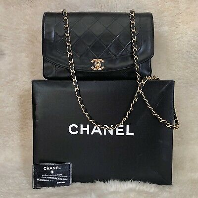 d478ae5affba3b Chanel Black Medium Lambskin Diana Flap Shoulder Clutch Bag W/Double Cc Boy  Tote •